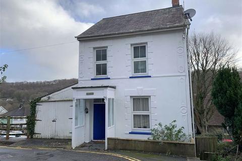 2 bedroom detached house for sale - Charles Street, Llandysul, Ceredigion