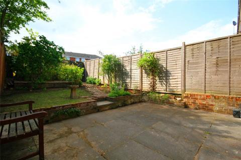 3 bedroom terraced house to rent - Langley Way, Marlow, Buckinghamshire, SL7