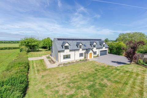5 bedroom detached house for sale - Cleverton