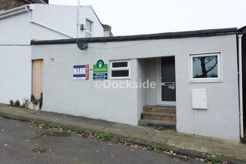 2 bedroom apartment for sale - Morgan Road, Strood, Rochester