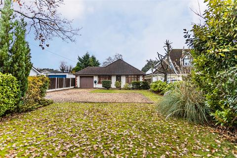 3 bedroom detached bungalow for sale - Forest Edge Drive, Ashley Heath, Ringwood