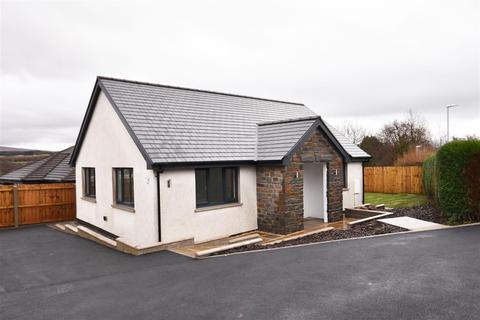2 bedroom detached bungalow for sale - Woodland Road, Ystradowen, Swansea