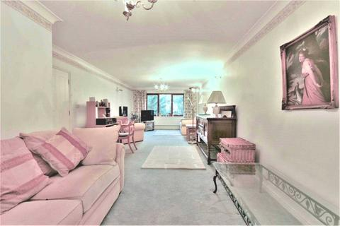 2 bedroom apartment for sale - Blyth Road, Bromley