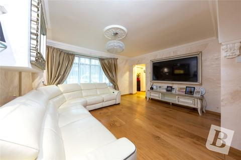 4 bedroom terraced house for sale - Harwood Avenue, Hornchurch, RM11