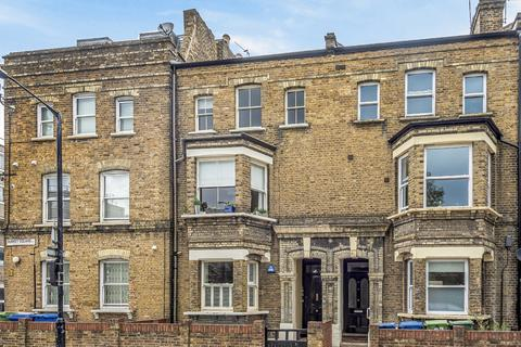 2 bedroom flat for sale - Surrey Square Walworth SE17