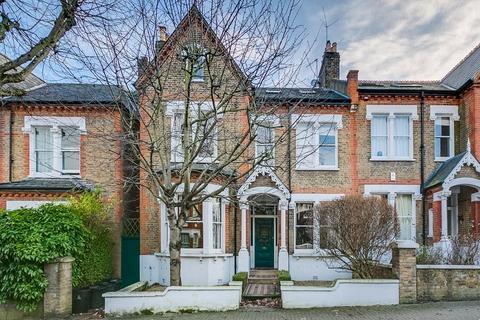 6 bedroom semi-detached house for sale - Granard Road, London SW12
