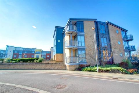 2 bedroom apartment for sale - Fairway Court, Fletcher Road, Gateshead, Tyne and Wear, NE8