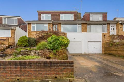 4 bedroom semi-detached house for sale - Mill Rise, Westdene, Brighton