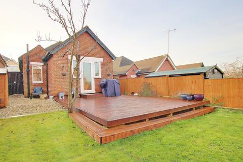2 bedroom detached bungalow for sale - BITTERNE PARK! OPEN PLAN KITCHEN DINER! A MUST SEE!