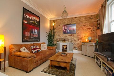3 bedroom flat for sale - Bouverie Road West, Folkestone
