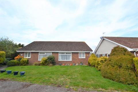 2 bedroom bungalow for sale - Glebe Close, Bexhill-on-Sea, TN39
