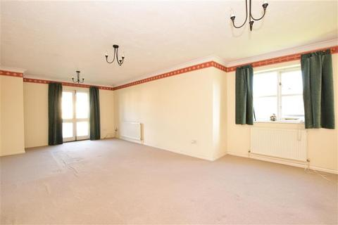 2 bedroom flat for sale - Priory Mews, Hornchurch, Essex