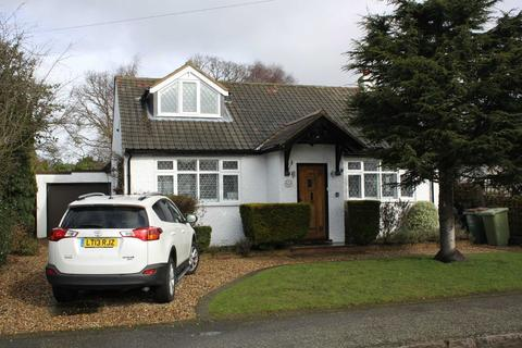 4 bedroom detached bungalow to rent - Fairfield Road, Petts Wood East