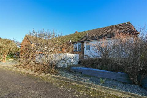 5 bedroom detached bungalow for sale - Homestead Farm, Upton, Aylesbury