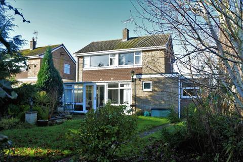 3 bedroom detached house for sale - Northcliffe Road, Grantham