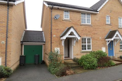 3 bedroom semi-detached house to rent - Swift Drive, Stowmarket