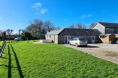 3 bedroom semi-detached bungalow to rent - Lower Carwythenack Farm, Falmouth