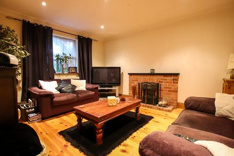 3 bedroom detached house for sale - Anson Road, Great Yarmouth