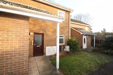 2 bedroom apartment for sale - Coris Close, Marton