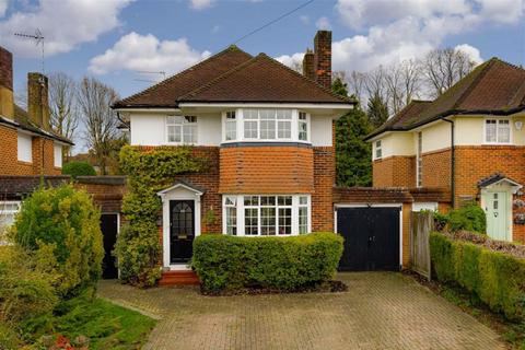 3 bedroom detached house for sale - Great Tattenhams, Epsom Downs, Surrey