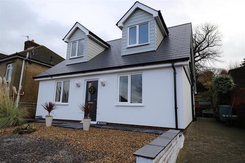 4 bedroom detached house for sale - Woodland Way, Penenden Heath, Maidstone