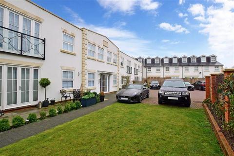 2 bedroom flat for sale - Albert Road North, Reigate, Surrey
