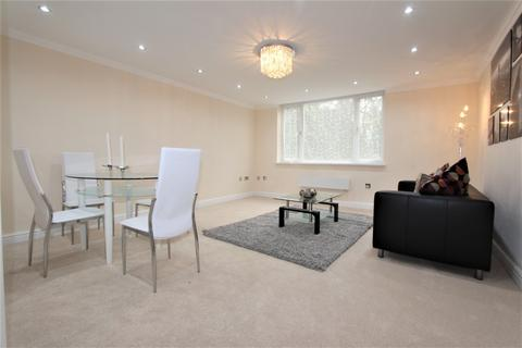 2 bedroom flat to rent - Boreham Holt, Borehamwood, WD6