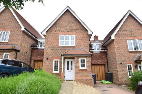 3 bedroom link detached house for sale - Trubwick Avenue, Haywards Heath, West Sussex