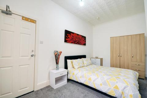Studio to rent - Modern Bedsit, Stephen Street, Mill Hill