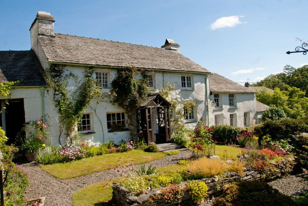 4 Bedrooms Cottage House for sale in Bowmanstead Studio, Bowmanstead, Coniston, LA21 8HB