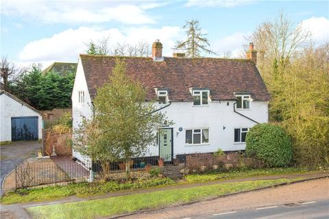 3 bedroom semi-detached house to rent - Lower Road, Stoke Mandeville, Aylesbury, Buckinghamshire, HP22