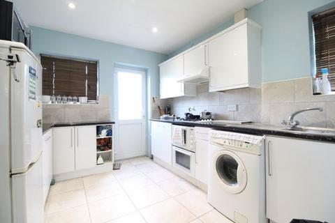 3 bedroom semi-detached house for sale - CHAIN FREE THREE BEDROOM HOME on Keepers Close