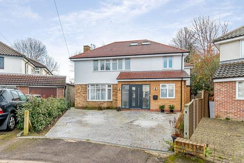 5 bedroom detached house for sale - Macaulay Avenue, Hinchley Wood, KT10