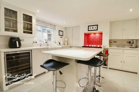 4 bedroom terraced house for sale - Kingswood Place, LONDON