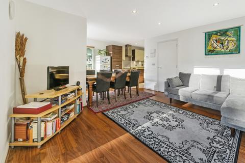 3 bedroom apartment for sale - Roffo Court, Boyson Road, Walworth SE17