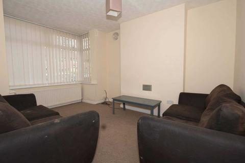 5 bedroom house share to rent - Seedley Park Road, Salford