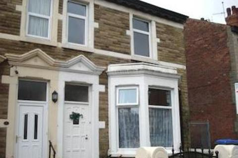 2 bedroom flat to rent - Leeds Road, Blackpool FY1
