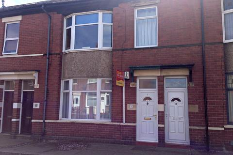 2 bedroom ground floor flat to rent - Balmoral Gardens, North Shields, NE29 9BA