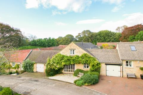 3 bedroom barn conversion for sale - Lonsdale Court, Great Rollright, Oxfordshire OX7