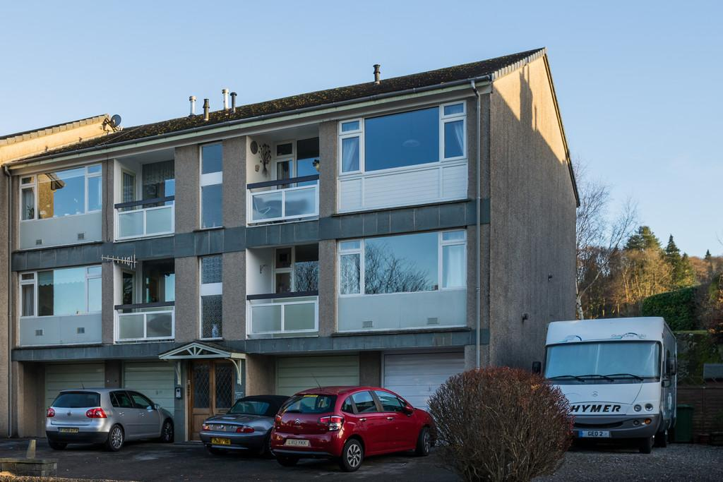 2 Bedrooms Apartment Flat for sale in Flat 12, Beresford Court, Lake Road, Windermere, Cumbria, LA23 2JL