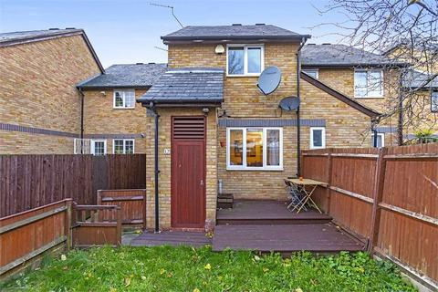 3 bedroom terraced house for sale - Timber Pond Road, LONDON