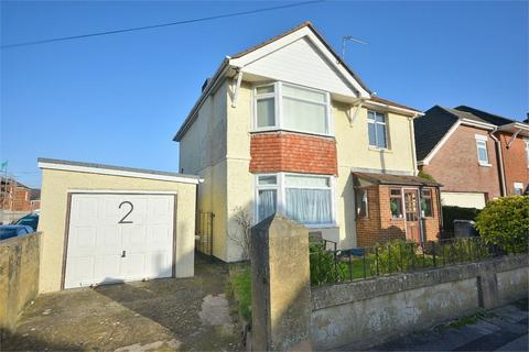 3 bedroom detached house for sale - Queen Mary Avenue, Moordown, Bournemouth