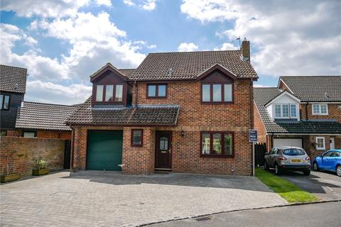 4 bedroom detached house for sale - Arrowsmith Way, Thatcham, Berkshire, RG19