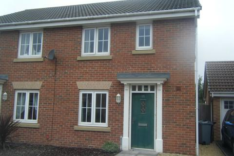 3 bedroom semi-detached house to rent - Coles Way, Grantham