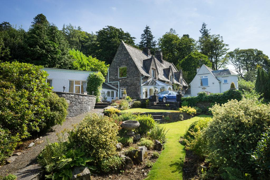 4 Bedrooms Detached House for sale in Coach House, Oakland, Carriage Drive, Windermere, Cumbria, LA23 1SA