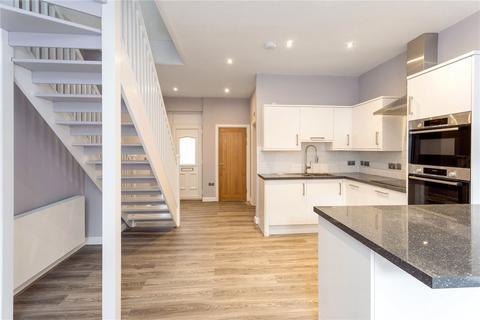 2 bedroom apartment to rent - Grove Street, Wilmslow, Cheshire, SK9