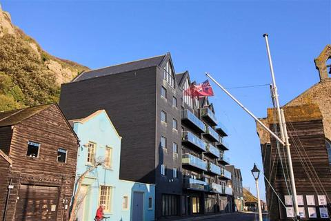 2 bedroom flat for sale - Rock-A-Nore Road, Hastings