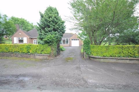 3 bedroom detached bungalow to rent - Church Lane, Oulton, Stone