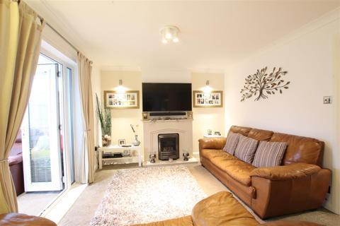 3 bedroom terraced house for sale - Honeywood Gardens, Darlington