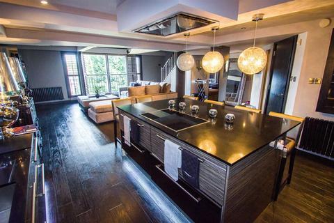 2 bedroom duplex to rent - Richmond Court, Hale, WA14 2XQ.
